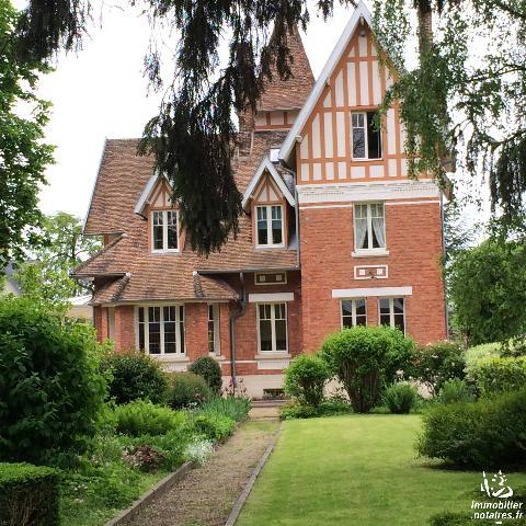 Vente - Maison / villa - FARGNIERS - 260 m² - 8 pièces - 1111