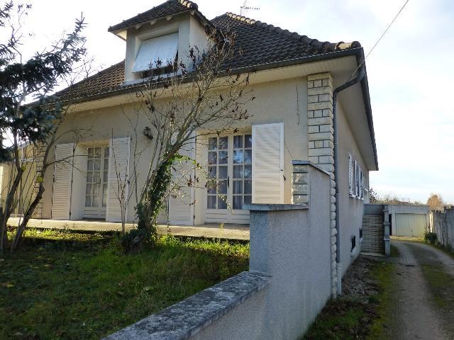 Vente - Maison / villa - COMMENTRY - 251 m² - 9 pièces - CTY 4.2
