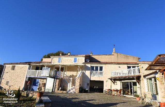 Vente - Maison - Saint-Étienne-les-Orgues - 220.00m² - 8 pièces - Ref : STE-EJD