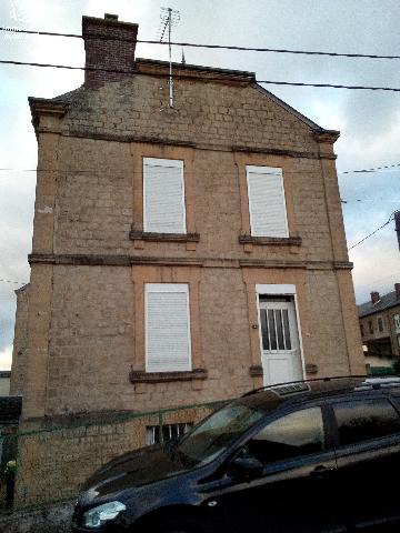 Vente - Maison / villa - VIVIER AU COURT - 93,04 m² - 7 pièces - VAC