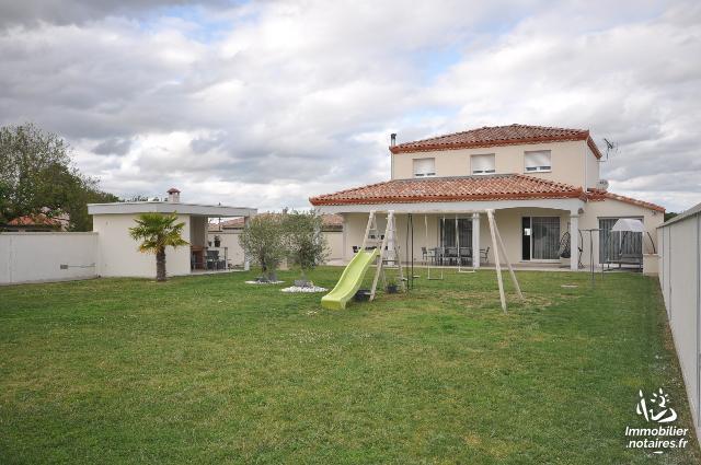 Vente - Maison - Auterive - 158.0m² - 6 pièces - Ref : SAR029