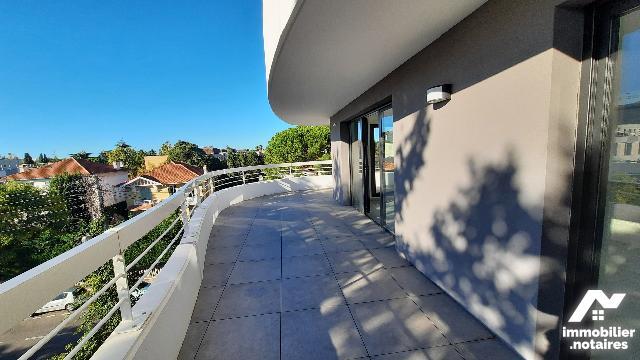 Vente - Appartement - Marseille 8e Arrondissement - 135.0m² - 4 pièces - Ref : APPART MARSEILLE 8