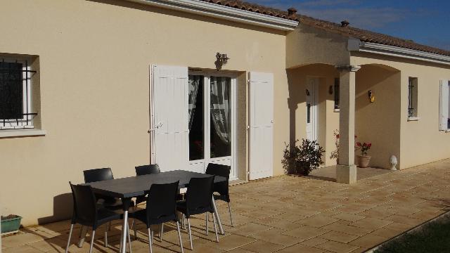 Vente - Maison - Châteauneuf-sur-Charente - 187.00m² - 8 pièces - Ref : N554