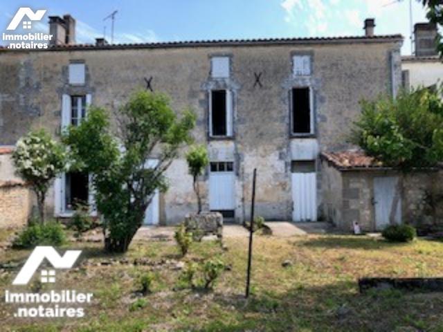 Vente - Maison - Châteauneuf-sur-Charente - 146.0m² - 5 pièces - Ref : SBC