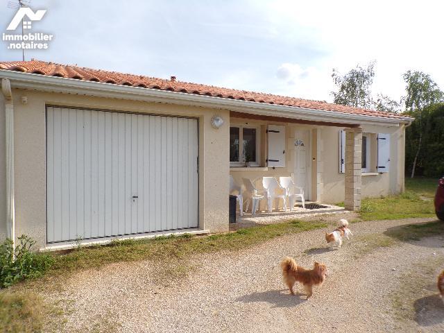 Vente - Maison - Saint-Fraigne - 82.0m² - 3 pièces - Ref : M269