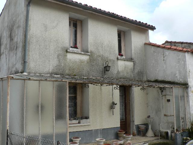 Vente - Maison - Villefagnan - 60.00m² - 3 pièces - Ref : M69CH