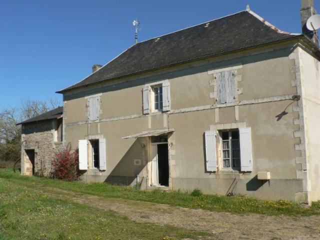 Vente - Maison - Villefagnan - 78.00m² - 6 pièces - Ref : M72LAFN84