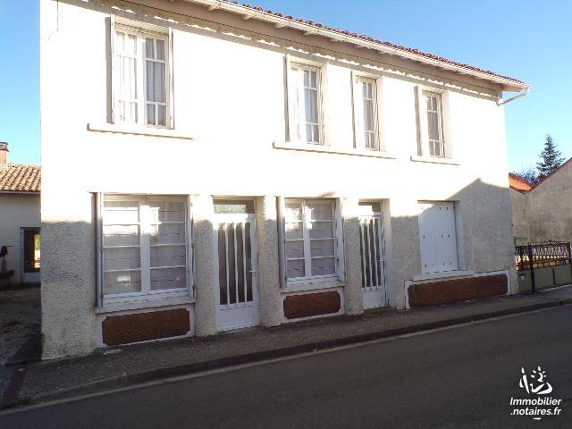 Vente - Maison - Villefagnan - 140.00m² - 8 pièces - Ref : M209PO