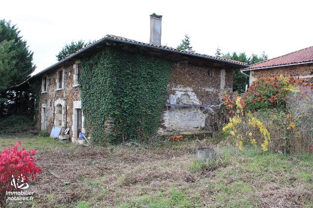 Vente - Maison - Mouzon - 190.0m² - 7 pièces - Ref : C747