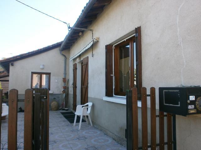 Vente - Maison - Exideuil - 90.00m² - 6 pièces - Ref : C227