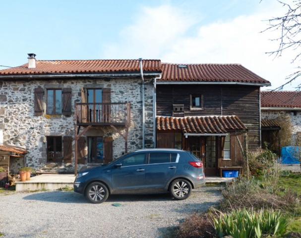 Vente - Maison - Chabrac - 244.00m² - 7 pièces - Ref : C192