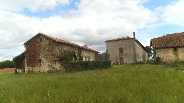 Vente - Maison - Grand-Madieu - 100.00m² - 6 pièces - Ref : C252