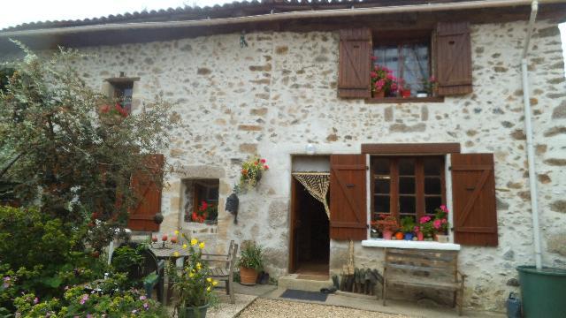 Vente - Maison - Exideuil - 260.00m² - 5 pièces - Ref : C258