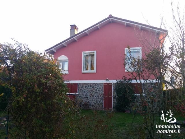 Vente - Maison - Chabanais - 70.00m² - 5 pièces - Ref : C541