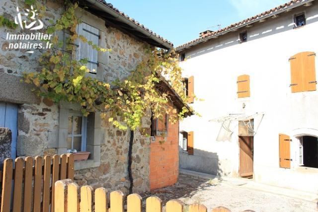 Vente - Maison - Étagnac - 106.00m² - 7 pièces - Ref : EC275