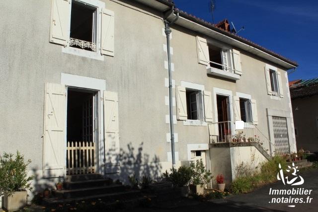 Vente - Maison - Suris - 212.00m² - 10 pièces - Ref : EC114