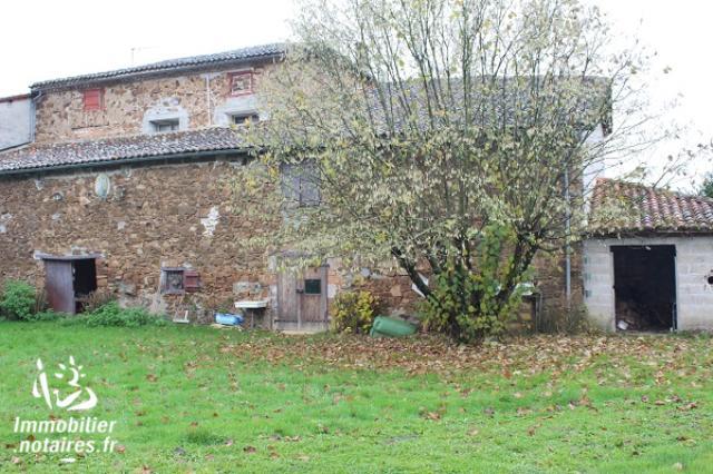Vente - Maison - Chabanais - 140.00m² - 5 pièces - Ref : EC278