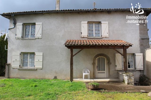 Vente - Maison - Péruse - 109.00m² - 6 pièces - Ref : EC294