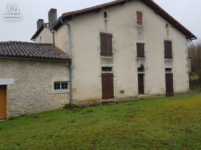 Vente - Maison - Vieux-Cérier - 308.00m² - 8 pièces - Ref : EC328