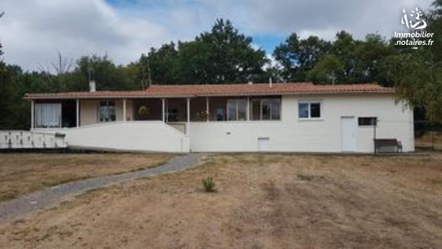 Vente - Maison - Manot - 131.00m² - 6 pièces - Ref : EC350
