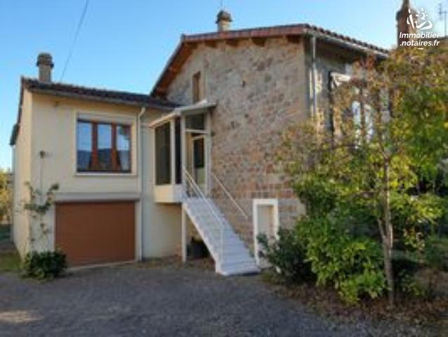 Vente - Maison - Chabanais - 110.00m² - 6 pièces - Ref : EC354