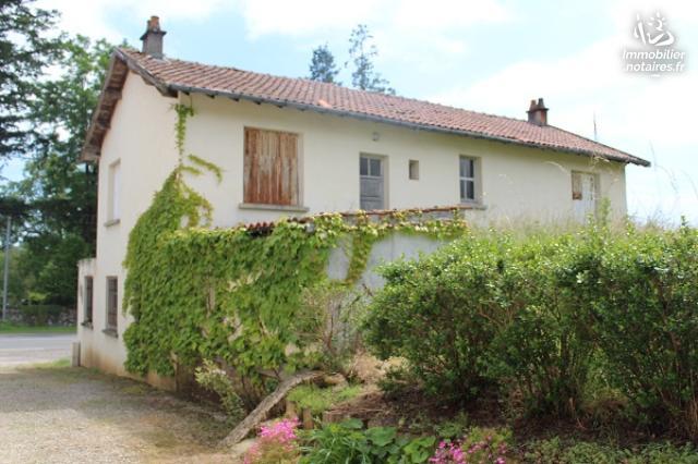 Vente - Maison - Chabanais - 88.00m² - 4 pièces - Ref : EC631