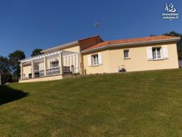 Vente - Maison - Exideuil - 168.00m² - 7 pièces - Ref : EC370