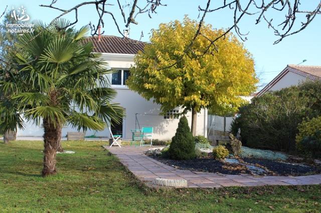Vente - Maison - Soyaux - 167.00m² - 7 pièces - Ref : EC642