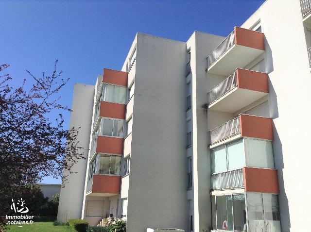Vente aux Enchères - Appartement - Royan - 71.65m² - 3 pièces - Ref : 190433VAE025