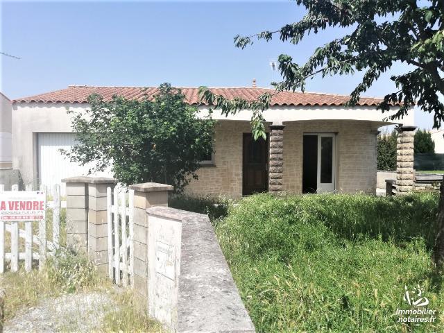 Vente aux Enchères - Maison - Semussac - 97.00m² - 5 pièces - Ref : 190733VAE035