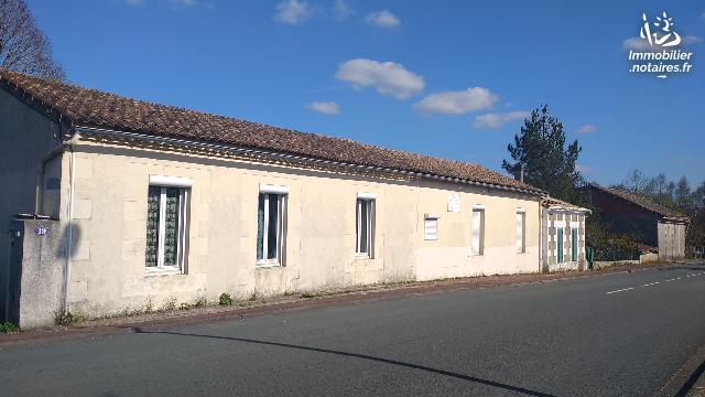Vente aux Enchères - Maison - Montendre - 98.00m² - 4 pièces - Ref : 190433VAE024