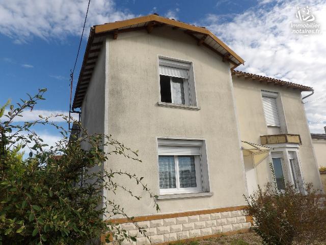 Vente - Maison - Matha - 211.0m² - 9 pièces - Ref : k524