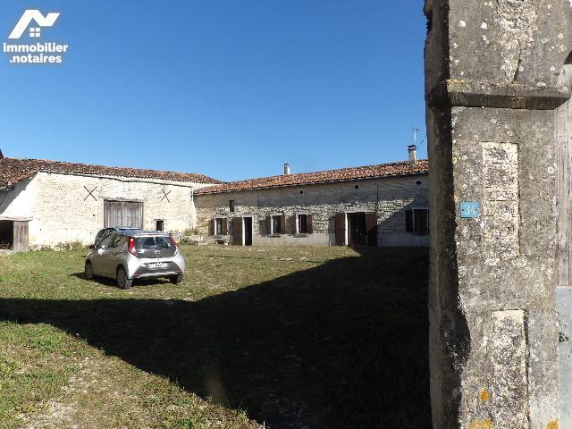 Vente - Maison - Neuvicq-le-Château - 120.0m² - 8 pièces - Ref : k651