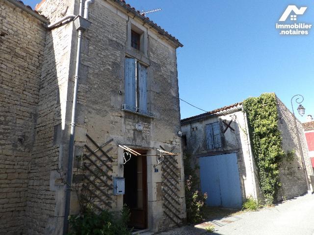 Vente - Maison - Neuvicq-le-Château - 55.0m² - 3 pièces - Ref : k652