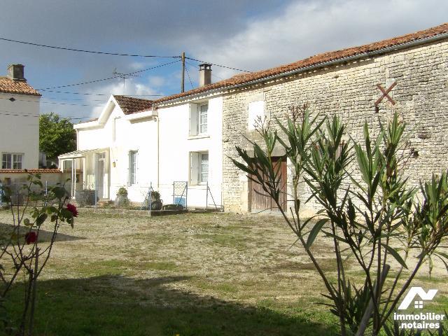 Vente - Maison - Contré - 144.0m² - 6 pièces - Ref : k654