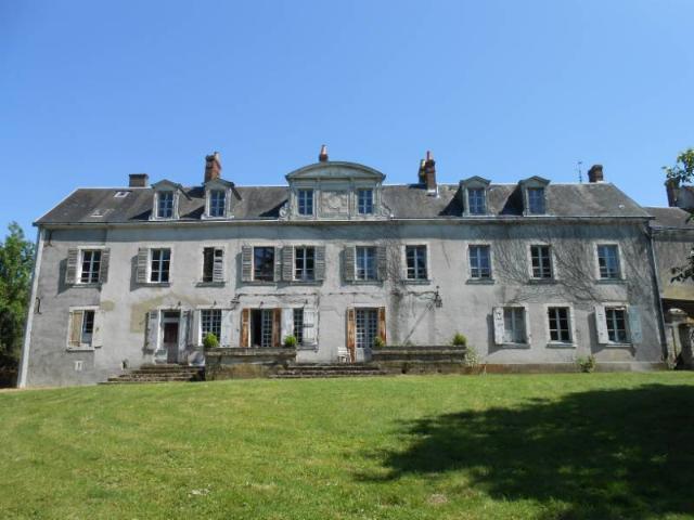 Vente - Maison - Nogent-le-Rotrou - 344.00m² - 8 pièces - Ref : NOG 314