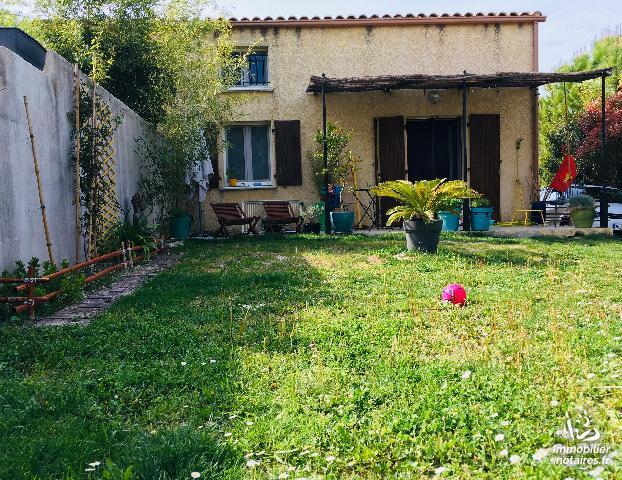 Location - Maison - Castelnau-Valence - 90.00m² - 4 pièces - Ref : locev