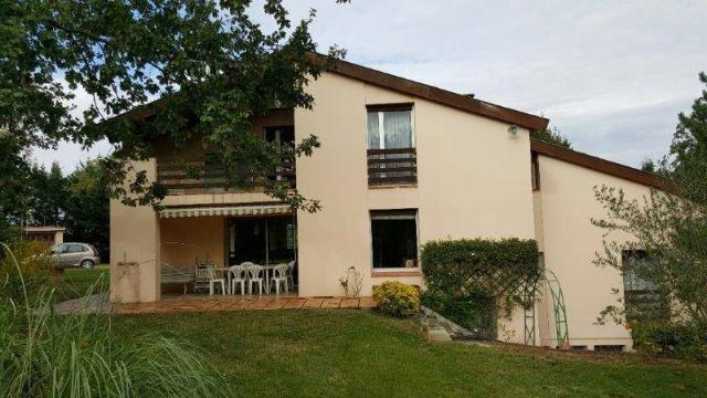 Vente - Maison - Rieux-Volvestre - 250.0m² - 7 pièces - Ref : 9548