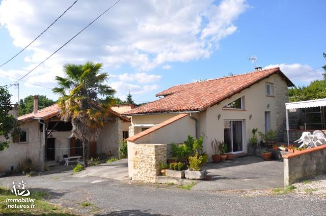 Vente - Maison - Aurignac - 200.00m² - 7 pièces - Ref : JB DUR
