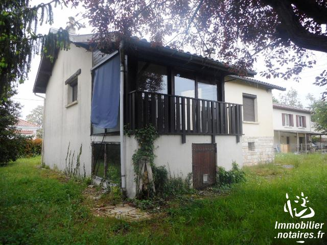Vente aux Enchères - Maison - Ambarès-et-Lagrave - 100.00m² - 3 pièces - Ref : 170933VAE058