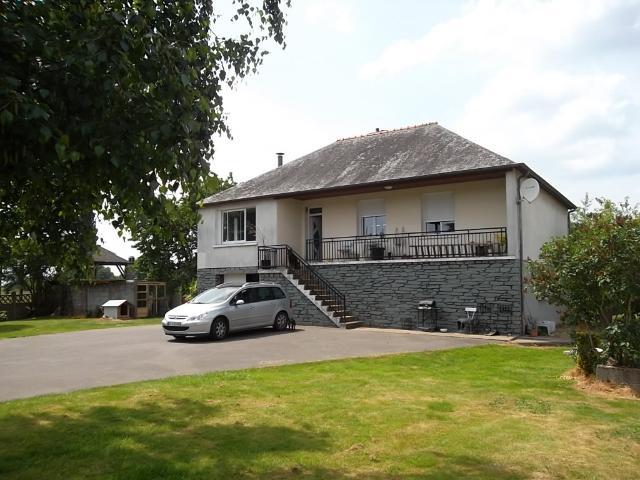 Vente - Maison - Saint-Georges-de-Chesné - 103.00m² - 5 pièces - Ref : VTECLAI