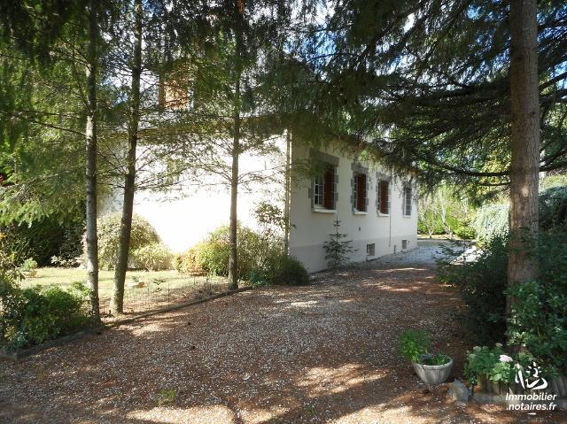 Vente - Maison - Vitré - 230.00m² - 9 pièces - Ref : 488833