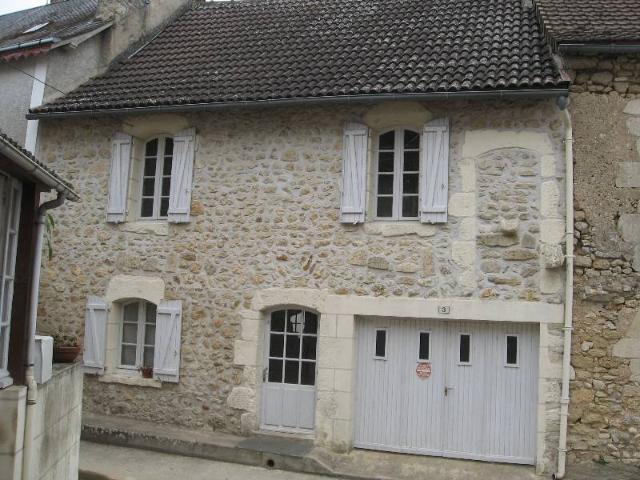 Vente - Maison - Saint-Pierre-de-Maillé - 67.0m² - 5 pièces - Ref : 68