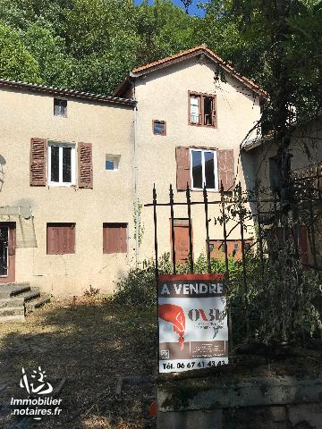 Vente - Maison - Unieux - 218.00m² - 8 pièces - Ref : n°80