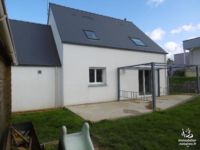 Vente - Maison - Martigné-Ferchaud - 100.50m² - 6 pièces - Ref : 818-81