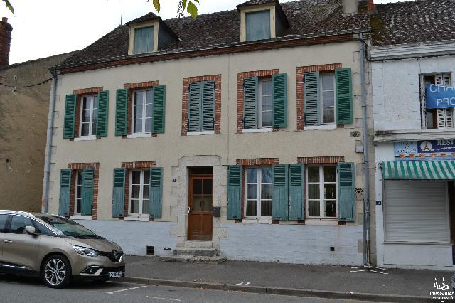 Vente - Maison - Nogent-sur-Vernisson - 146.00m² - 6 pièces - Ref : 1779