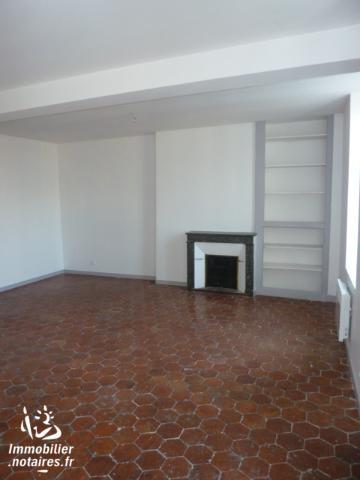 Location - Appartement - PUISEAUX - 62,52 m² - 2 pièces - 105