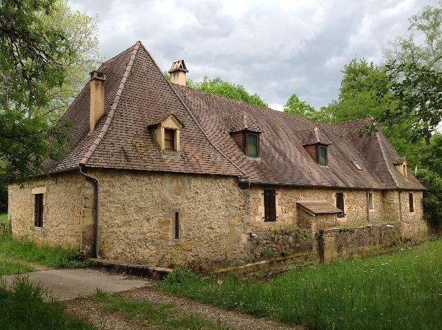 Vente - Maison - Eyzies-de-Tayac-Sireuil - 226.00m² - 5 pièces - Ref : 46051/81