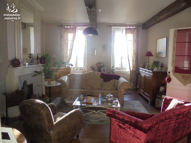 Vente - Maison - Tonneins - 170.00m² - 7 pièces - Ref : 062