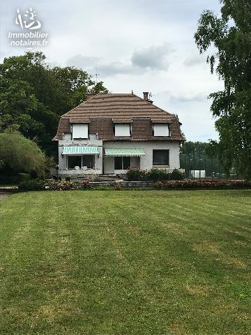 Vente - Maison - Suippes - 222.00m² - 9 pièces - Ref : SUI8AVRO
